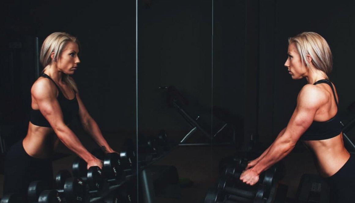Comment bien travailler ses bras ?